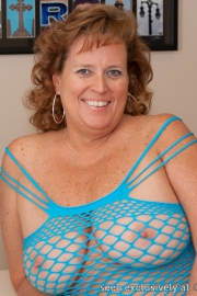 dawn-marie-blue-fishnet-f002