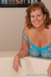 dawn-marie-blue-fishnet-f005