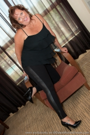 dawn-marie-black-leggings-f003