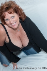 dawn-marie-blue-jean-mom-f005